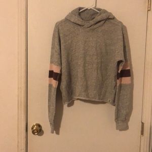 Junior's hooded sweatshirt